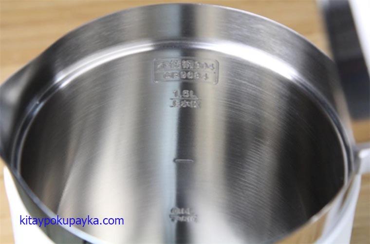 Емкость для воды умного чайника