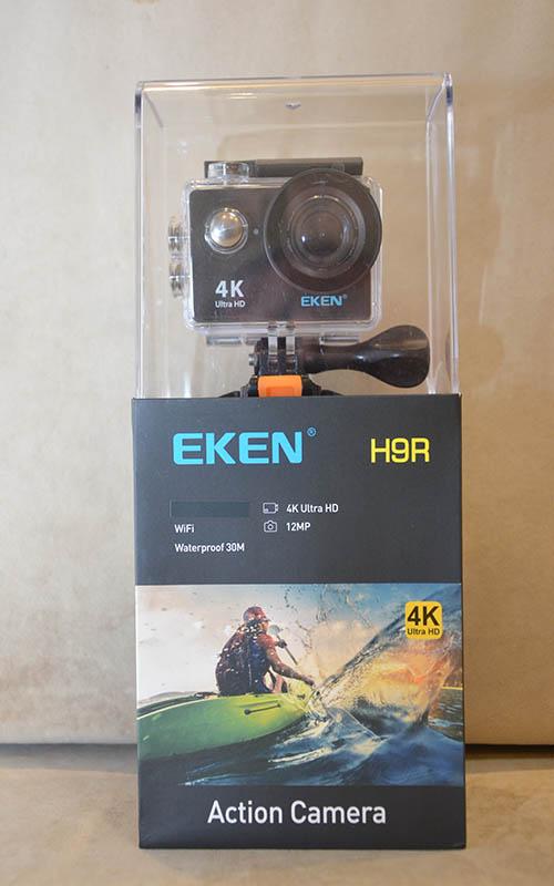передняя часть упаковки экшн камеры Eken