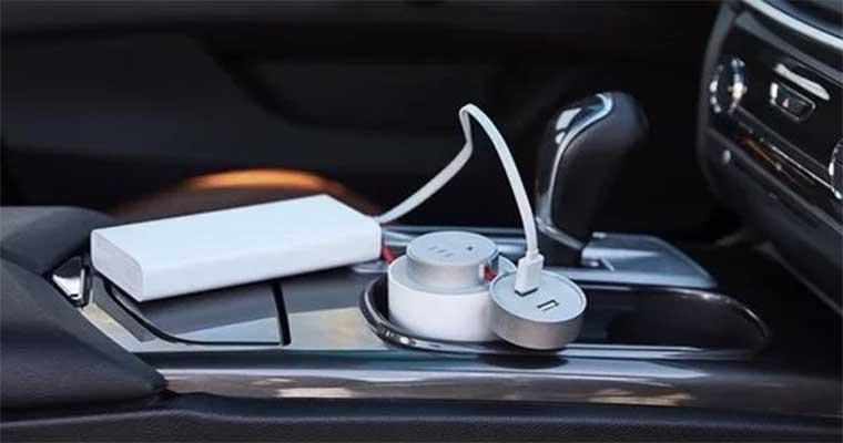 Xiaomi Mi Car Inverter