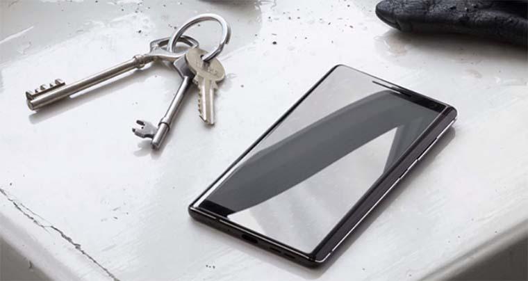 Nokia 8 Sirocco оборудован 5,5-дюймовым дисплеем POLED