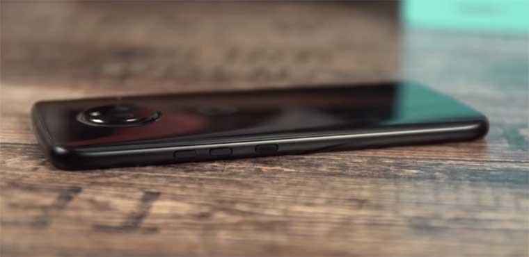 Спецификации и программное обеспечение Moto X4