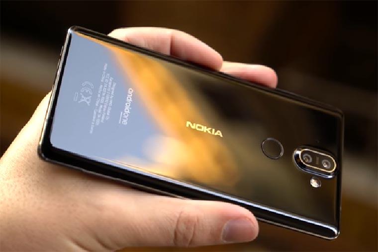 Nokia 8 Sirocco (2018) обзор
