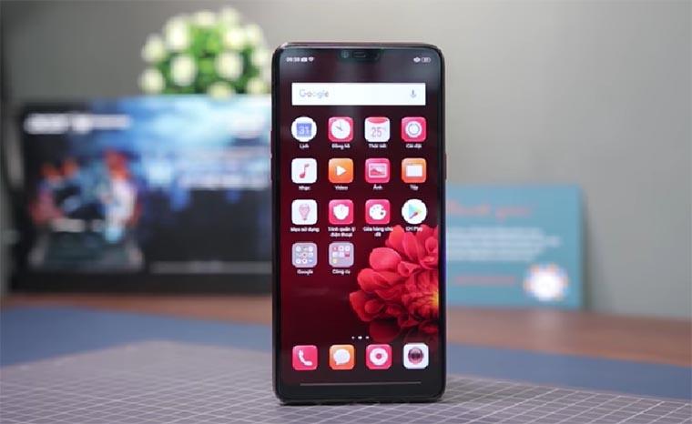 Обзор Oppo F7 - селфи-смартфон с хорошей производительностью